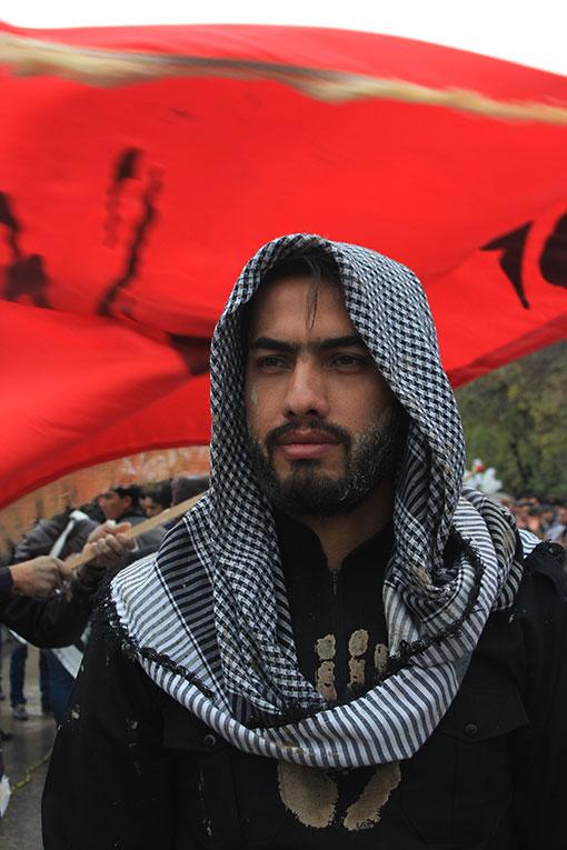 http://ahmad1975.persiangig.com/93/moharam93/ashoura/IMG_2514.jpg